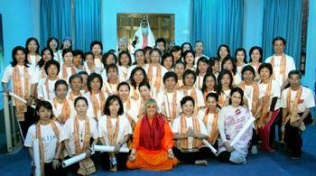 Yogini Kaliji hosts Taiwanese students in India