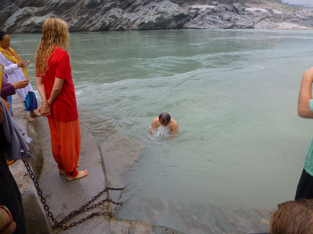 Hari submerges in the Ganga