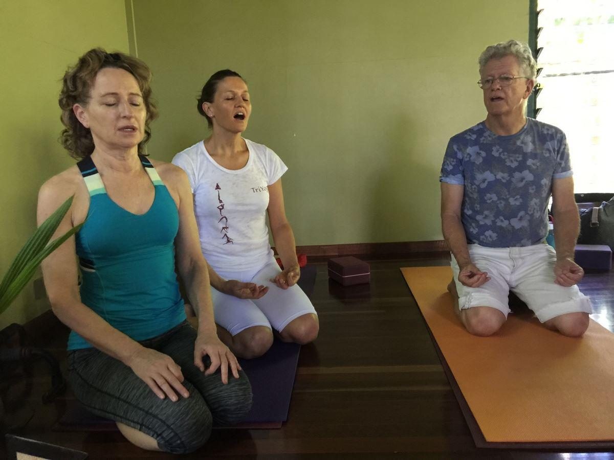 Damgar Leading a Mantra