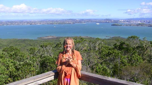 NZ_Rangitoto_Kaliji_top_view