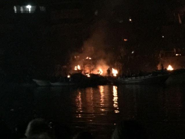 Cremations along River Ganga