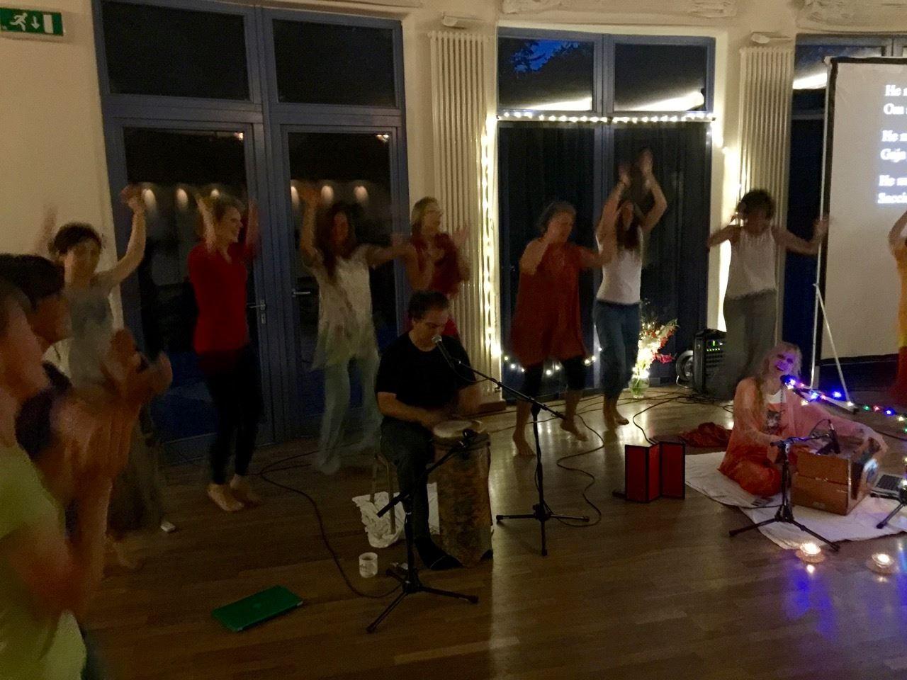 Chant Club Dancers