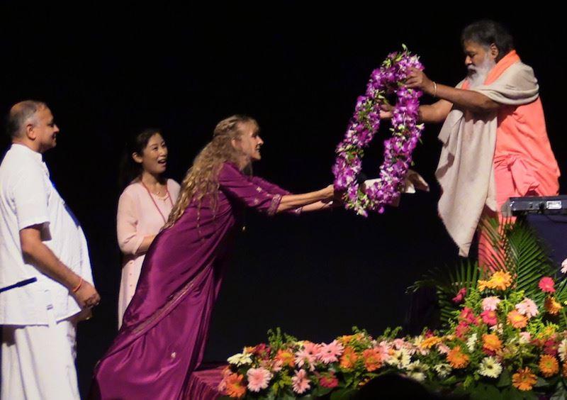 Kaliji offering garland