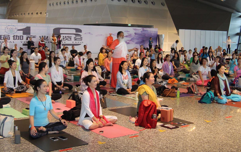 Sri Swamiji among the students