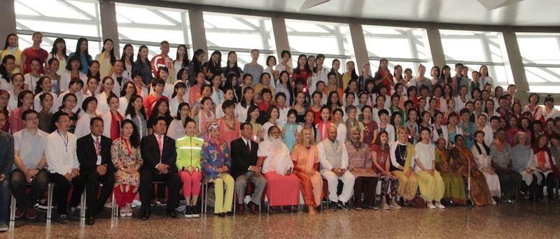 Group photo with Sri Swamiji and Yogini Kaliji