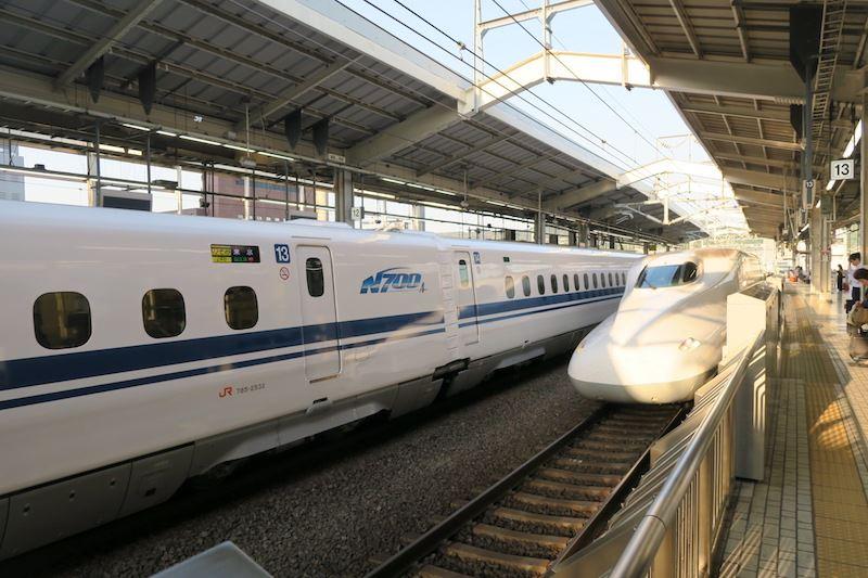 EvaMaria_Japan_Hiroshima_Shinkansen