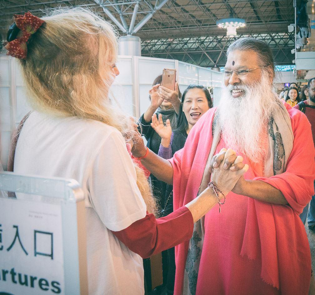 SriSwamiji_Kaliji_airport_Taiwan2017