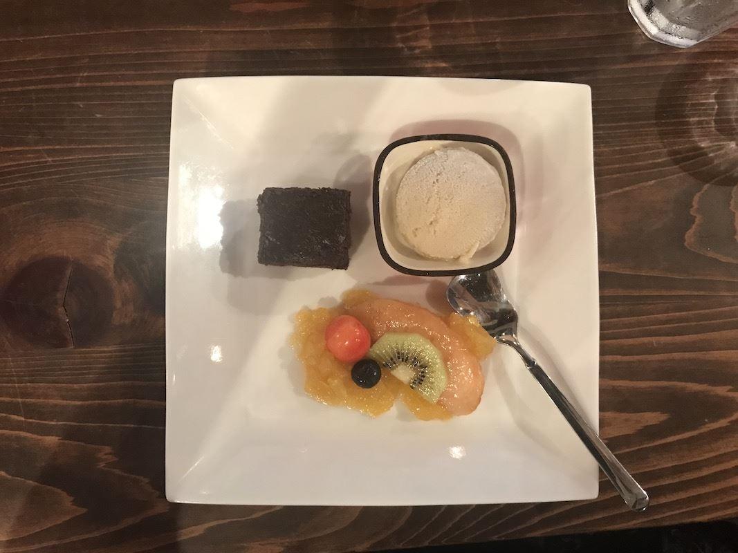 Tamisa_VegOut_dessert