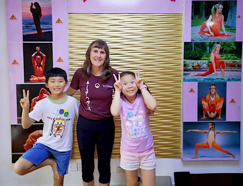 Gina_youngest_triyoga_teachers