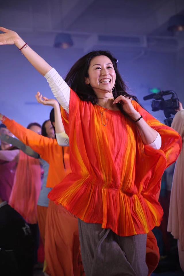 Kiki dancing